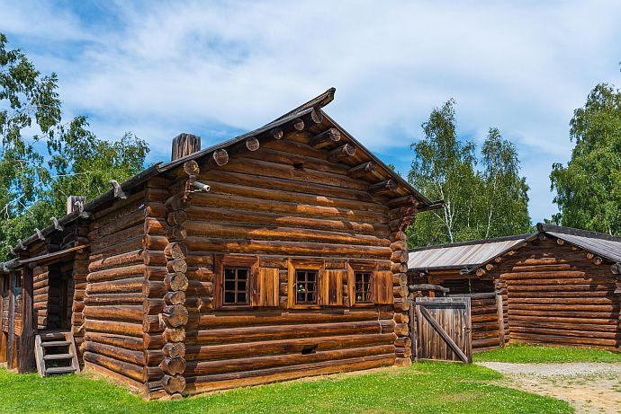 Blockhhaus im Freilichtmuseum Talcy am Baikalsee