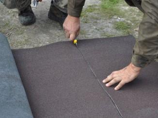 Dachpappe zuschneiden