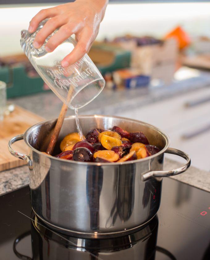 Marmelade herstellen Zutaten im Topf