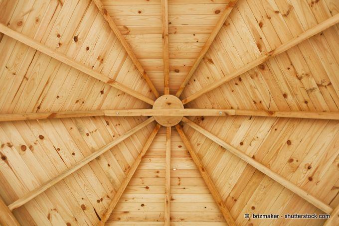 Pavillon Holzdach Ansicht innen