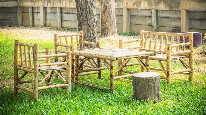 Bambus-Gartenmöbel
