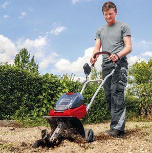 Einhell-Bodenhacke/Gartenfräse GE CR 30 Li | Bild: Einhell
