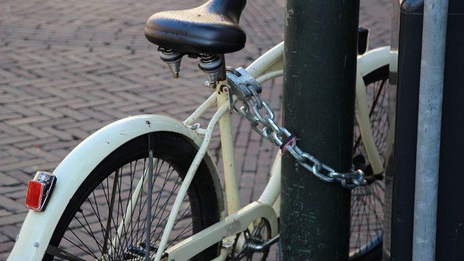 Fahrrad mit Kettenschloss