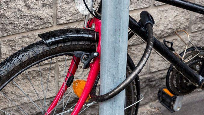 Fahrrad mit Panzerschloss