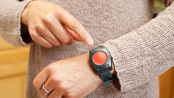Notruf-Armband für Pflegebedürftige, Kranke und ältere Menschen