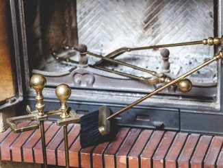 Kaminofen reinigen | Bild: glebchik fotolia.com