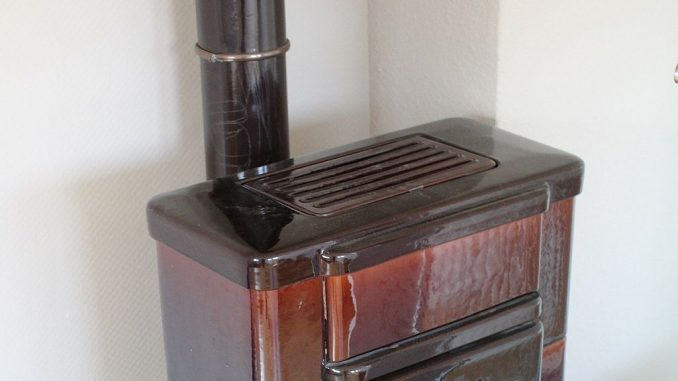 Ofenrohr ohne Revisionsklappe | Bild: mikegi