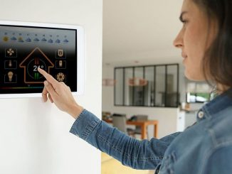 Display für Smart Home | Bild: goodluz fotolia.com